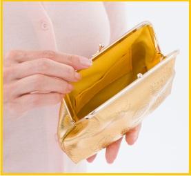 大きく開き使いやすそうながま財布